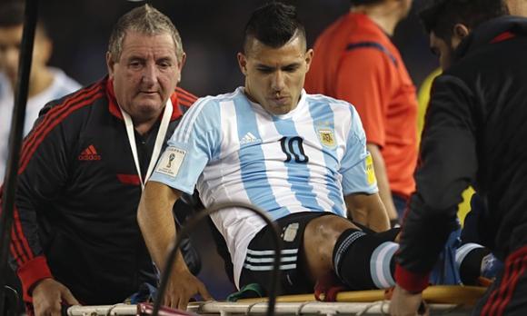 Серхио Агуеро ще се завърне на терена през декември