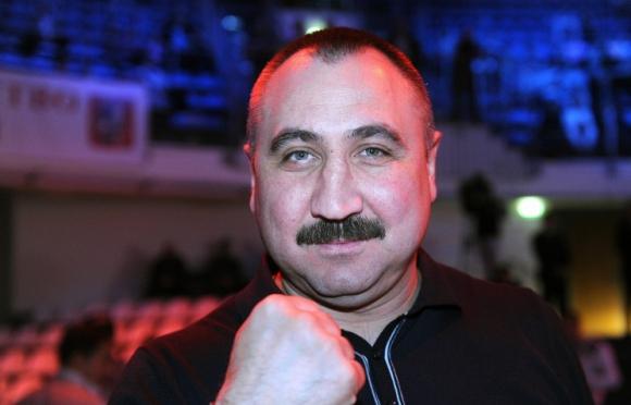 Александър Лебзяк е определен за треньор номер 1 на годината от Международната федерация по бокс