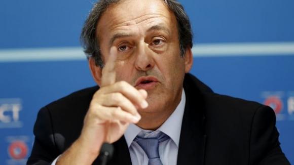 ФА оттегли подкрепата си за Платини в битката му за президент на ФИФА
