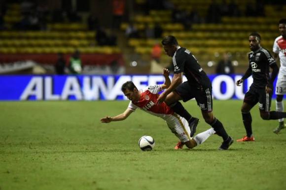 Монако не издържа срещу Лион