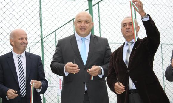 Министър Кралев: Забравихме откъде тръгват корените на българския спорт