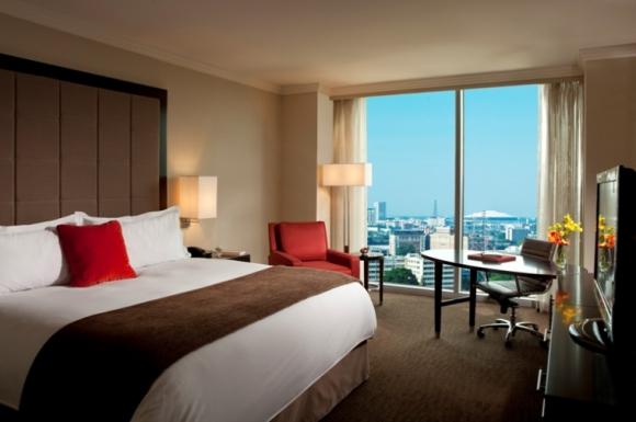 В хотелската стая