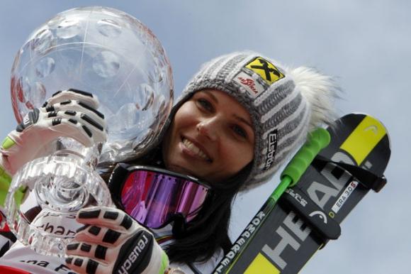 Олимпийската шампионка Ана Фенингер аут до края на сезона