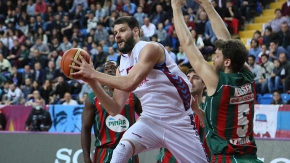 Силен мач на Калоян Иванов при победа на Тофаш