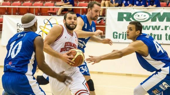 Сигал Прищина с победа в Косово, Маринов с 6 точки и 5 борби