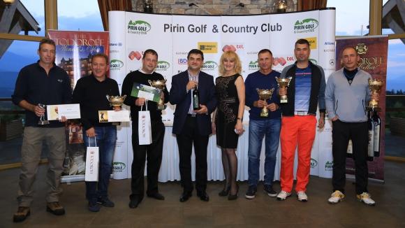 Слънце, голф, много награди и само първокласно вино по време на турнира Todoroff Golf Challenge 2015