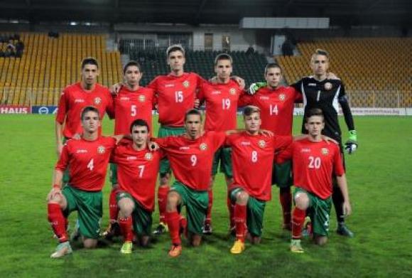 България (U17) се класира за Елитния кръг след стратегически хикс