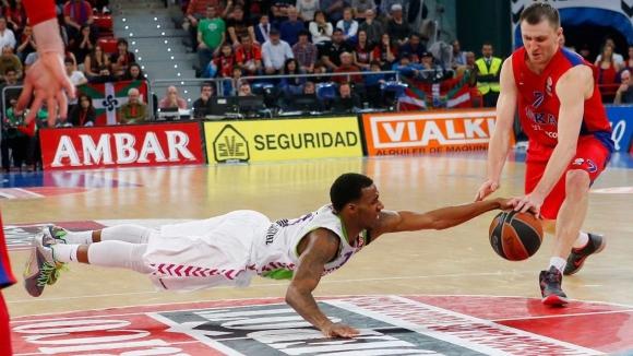 Дариъс Адамс е MVP на III кръг в Евролигата