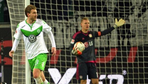 Нередовен гол на Лорда вкара Волфсбург в тройката (видео)