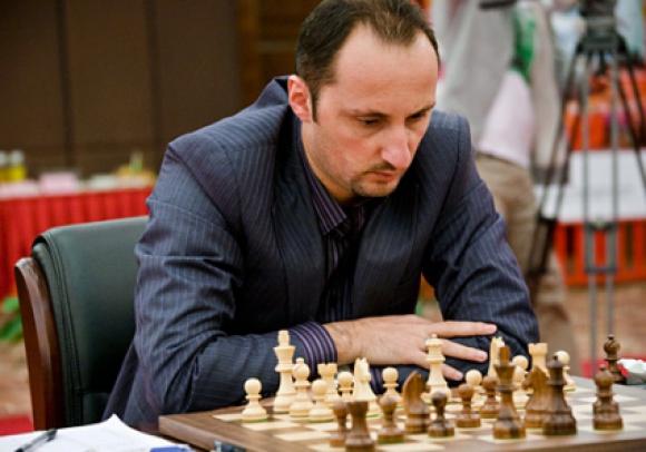 Веселин Топалов се изкачи на второ място в световната ранглиста на ФИДЕ