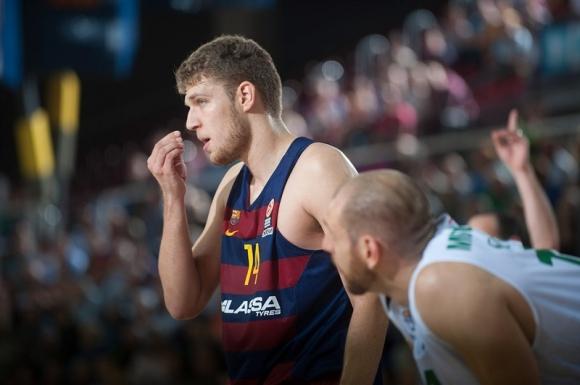 Везенков и Барса отново мачкат в Испания