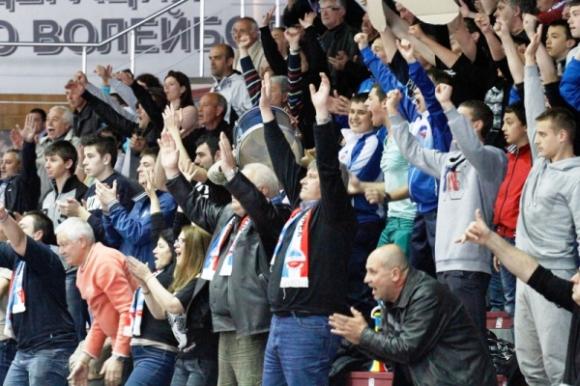 Футболни и волейболни фенове на Марек се обединяват за Шампионската лига