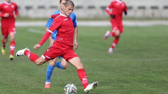 ЦСКА се разделя с юноша през зимата
