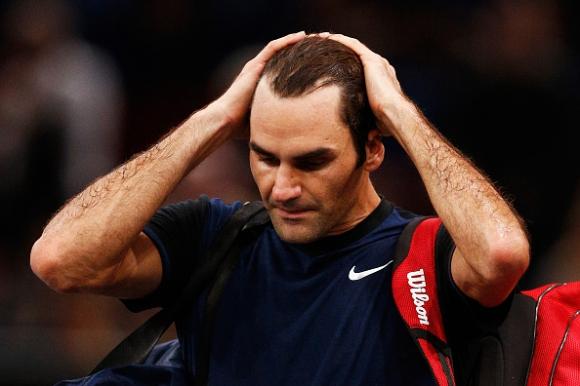 Иснър изненада неприятно Федерер в Париж