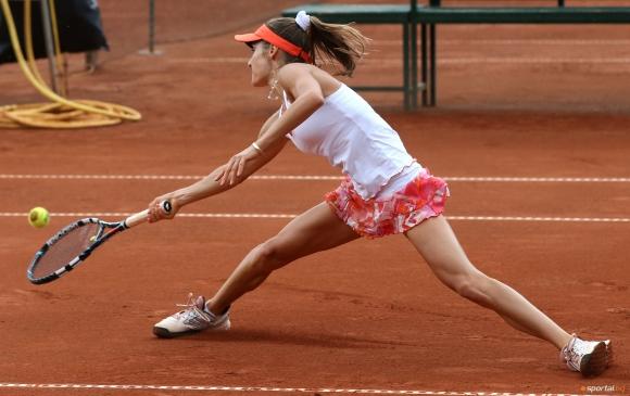 Диа Евтимова се препъна на 1/2-финала на двойки в Мароко