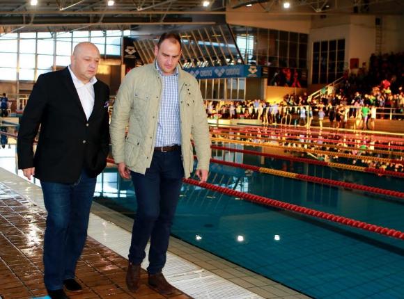 """Спортният министър откри 17-ия плувен турнир """"Стефан Попов - Замората"""""""