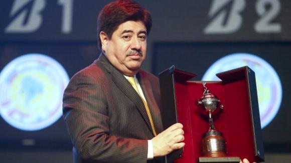 Президентът на Колумбийската футболна федерация подаде оставка