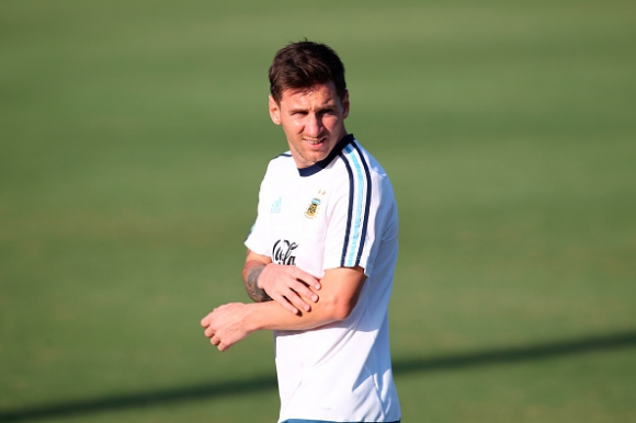 Убеждавахме Меси да играе за Испания, призна Дел Боске