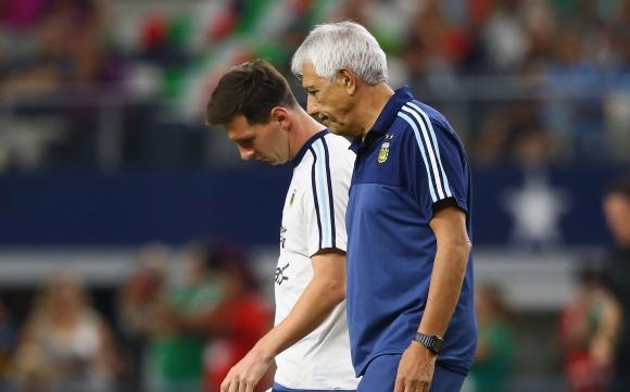 Аржентинците треперят: Не пускайте Меси срещу Реал