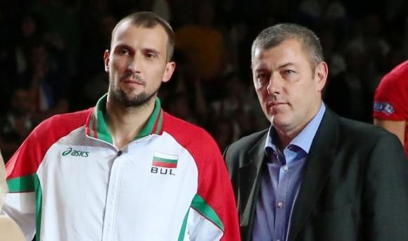 Димо Тонев и Иван Сеферинов също с шанс да водят жените на България