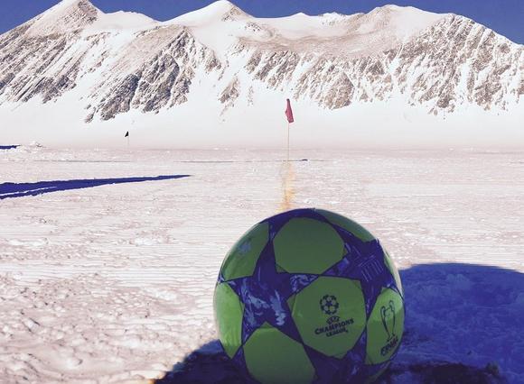 Бекъм ще играе в Антарктида