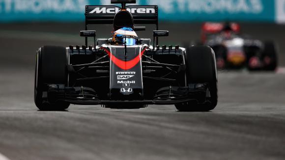 Алонсо: Колата става по-добра с всяко състезанието