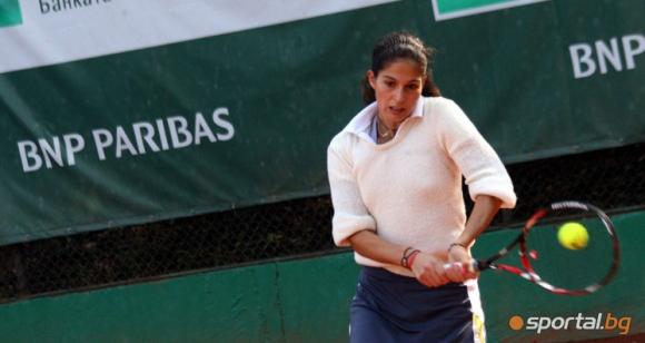 Шиникова отпадна на полуфиналите на двойки на силен турнир на ITF в Дубай