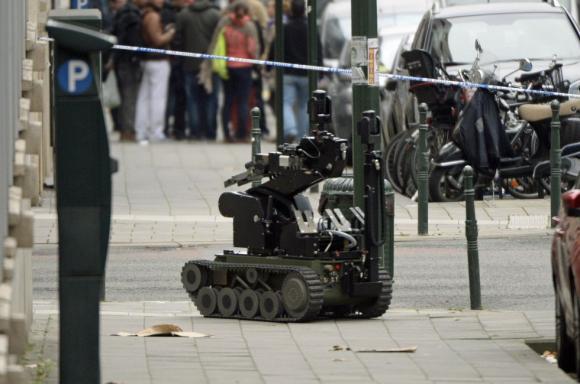 """Код """"червено"""" в Брюксел - арестуваха заподозрян за атентатите в близост до испанските национали"""