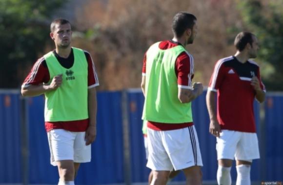Двама основни футболисти на Банско се готвят на облекчен режим