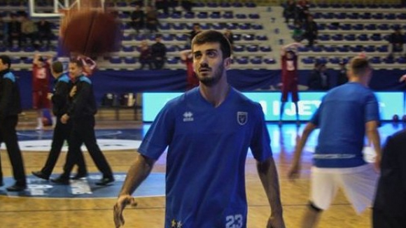 Силен мач за Станимир Маринов, Сигал победи румънци