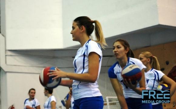 Дъщерята на Камило Плачи започна да играе за НСА