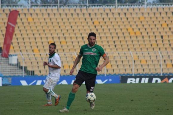 Жеков и Неделчев пропускат мача срещу Банско
