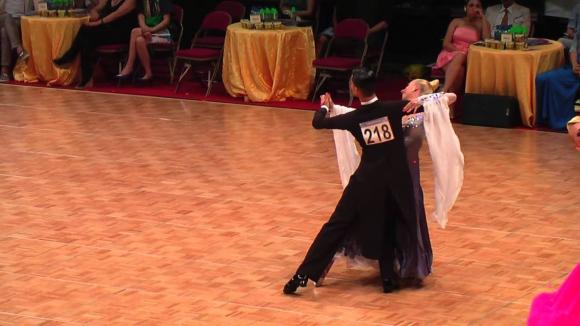 Датчани №1 в стандартните танци в Русе