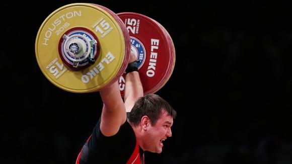 Ловчев спечели титлата при най-тежките с нов световен рекорд
