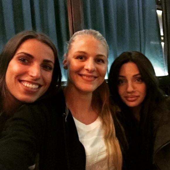Съпругата на Благо Георгиев за български волейболистки: Много сте красиви!