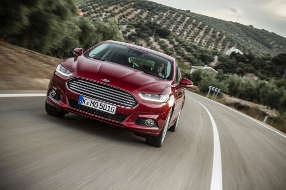 Ford Mondeo хибрид и 4х4 система вече и в България
