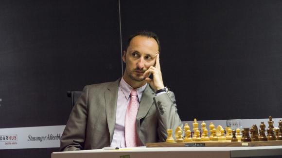Веселин Топалов с реми в четвъртия кръг на турнира в Лондон