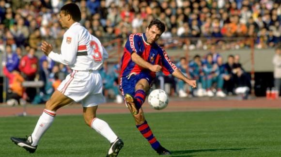 Гол на Стоичков е №4 за Барселона (видео)