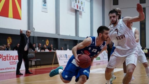 Станимир Маринов с 15 точки за Сигал в Косово