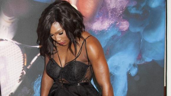 Серина Уилямс гордо показа мускулестите си крака