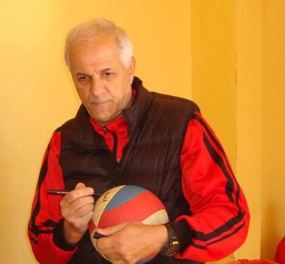 Павел Митев и неговата магия за волейбола