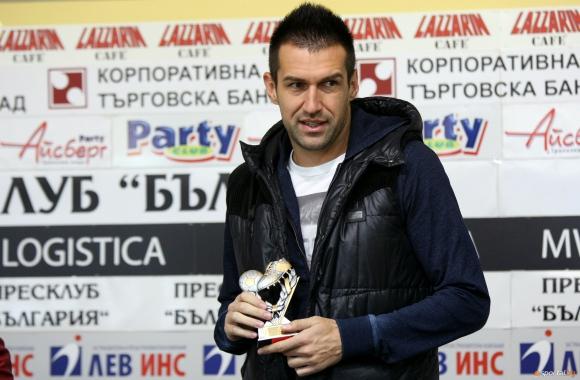 Камбуров беше избран за най-добър футболист на Локо Пд