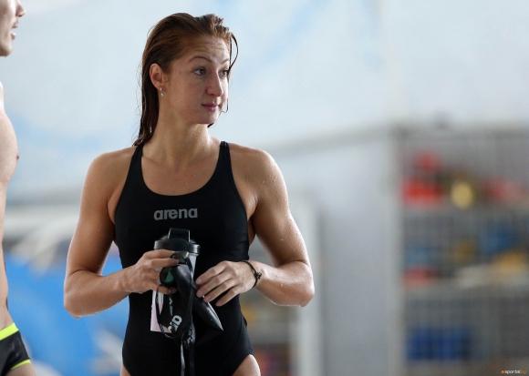 Нина Рангелова №1 за годината в българското плуване