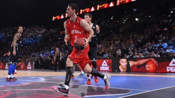 "Баскетбол във ""военно"" положение"