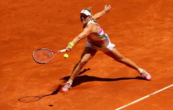 Шампионката от Австралия отпадна на старта в Мадрид