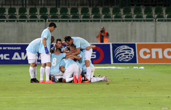 Румънци разбиха хита в Първа лига