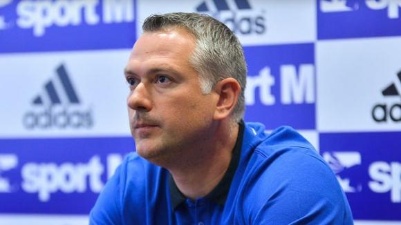 Сътресения в Скопие, МЗТ остана без треньор