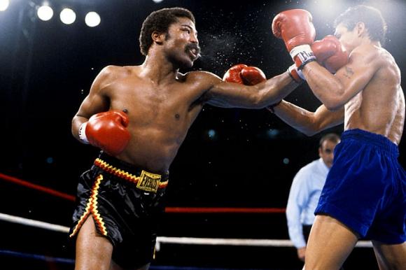 Легендарен боксов шампион почина