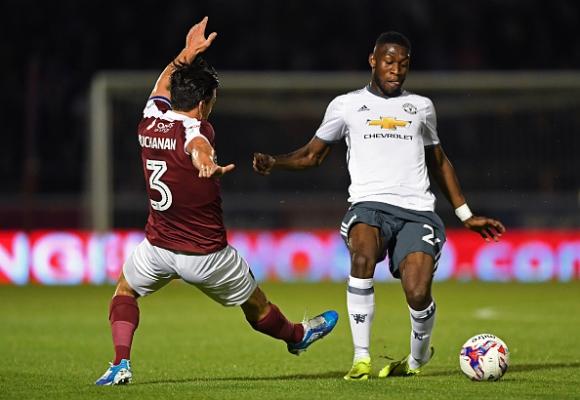 Tимъти Фосу-Менса подписва нов договор с Манчестър Юнайтед
