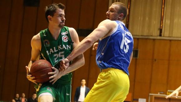 Левски и Балкан ще играят в Ботевград